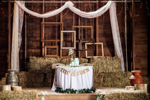 Awesome Wedding Vendors: Decorations
