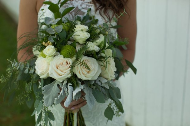 Awesome Wedding Vendors: Flowers By Bea